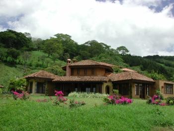 amapola-mansion.jpg